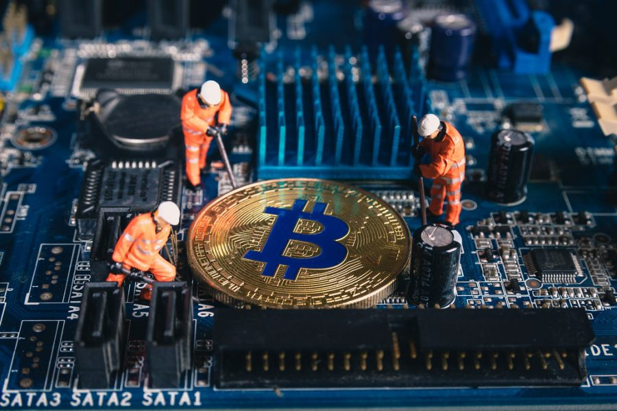 things you should know: miners are paid for mining bitcoin with the bitcoin block reward